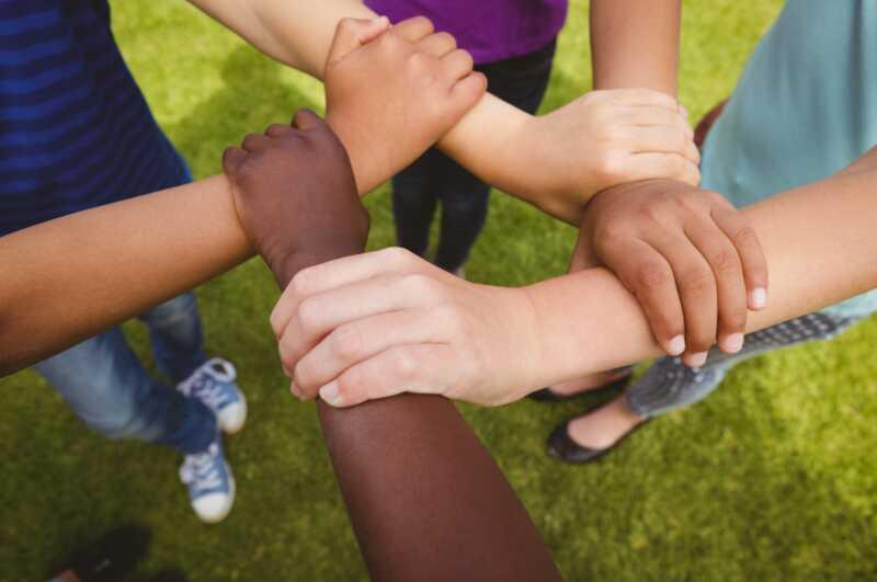 Estic criant els meus fills blancs per defensar el racisme cada dia