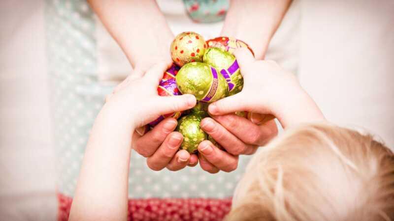 Hvorfor ødelægger min søster hendes børn på påske?