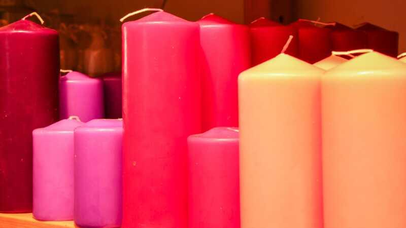 Vai aromatizētas sveces padara jūsu mājās toksisku?