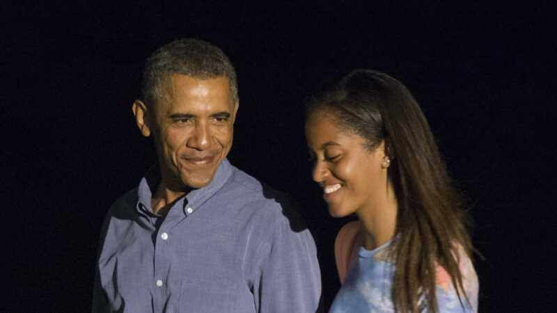Malija Obama se preselila u domu Harvard uz pomoć bivšeg FLOTUS & POTUS-a