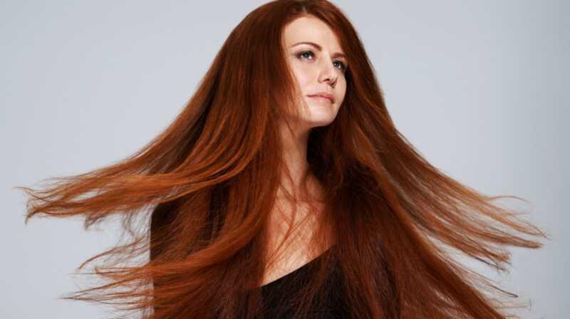 10 stvari koje su žene sa (naizgled) gustoj kosi