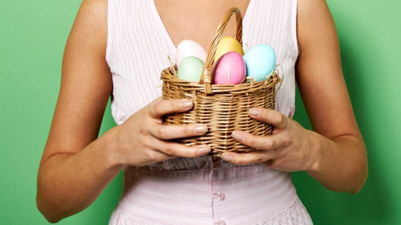 Как провести охоту на пасхальных яиц для взрослых