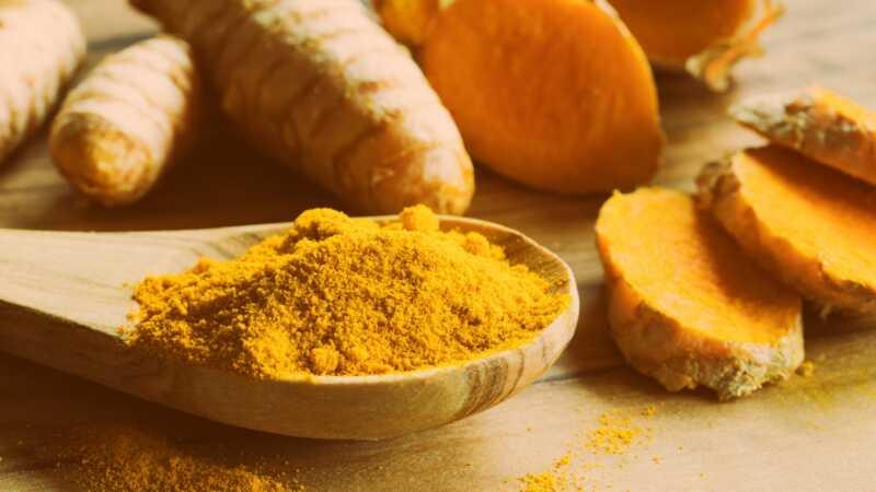 Kurkuma protiv kurkumina: koja ima najviše koristi za zdravlje?