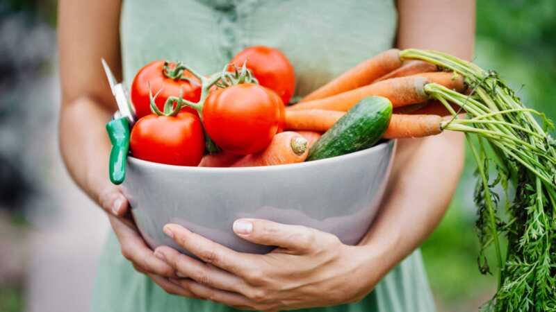 Čisté jedlo 101: čo to je, čo to nie je a 3 recepty na začatie