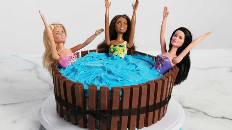 Urobte tento torta s horúcou vaňou a žijte si vďaka bábiam vašich detí