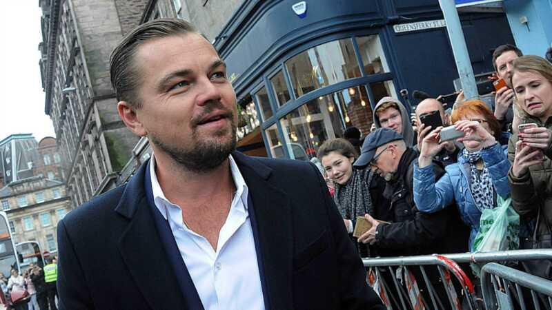 Leonardo DiCaprio je nosio ljubičastu plastičnu vreću i umro je internet