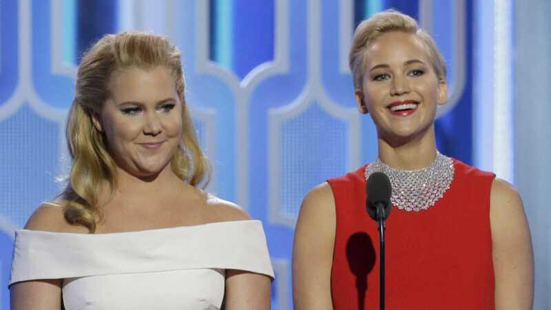 Jennifer Lawrence negalėjo sužinoti, kaip Amy Schumeras susituokė