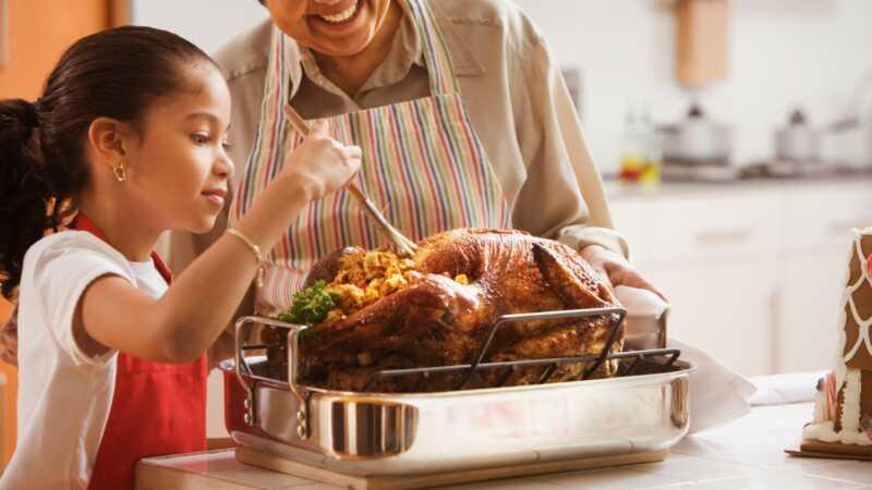 Pustiti deci da pomognu u zahvalnosti (bez gubitka uma)