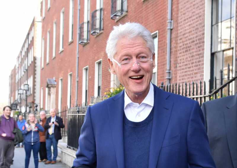 Bill Clinton dzīve kļūst par filmas terapiju, un visi to vēlas