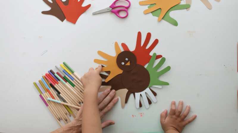13 artesanies de gall dindi dacció de gràcies perquè els nens aprecien la decoració de la tardor