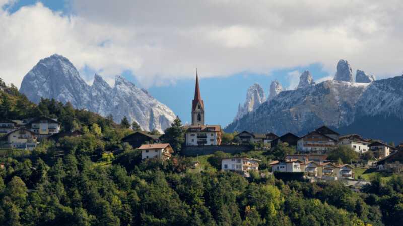 Dolomito kalnai yra tokie nuostabūs - ypač šios pasakos kaimai