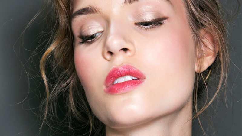 5 snadné make-up vypadá, že můžete udělat za méně než 10 minut