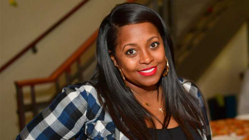 Keshia Knight pulliam overtager raceprofilering - i barselsafdelingen