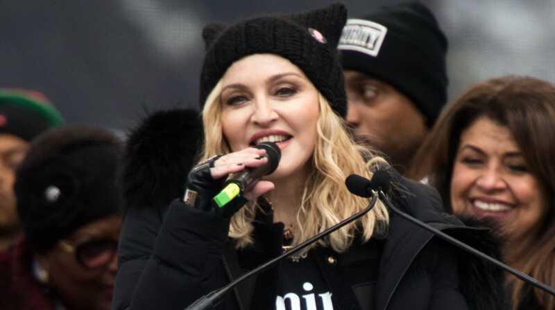 Sneaky, tajni Madonna upravo je usvojio blizance iz Malavija