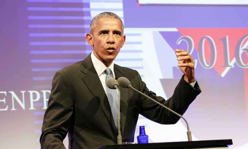 Barak Obama je jedan od mnogih koji šalju molitve Džonu Mekejnu