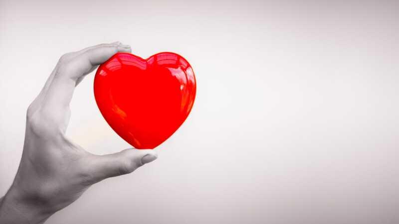 Kopplingen mellan bröstcancerbehandlingar och risk för hjärtsjukdom hos kvinnor