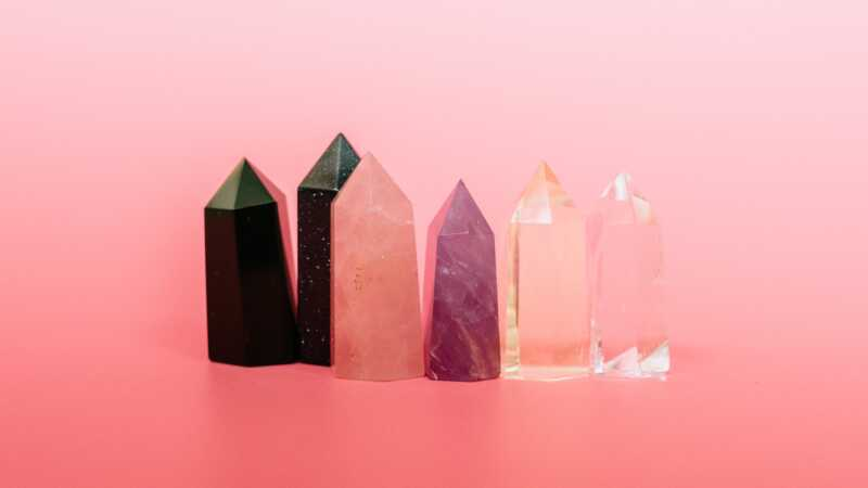 7 måder krystaller kan hjælpe dit forhold