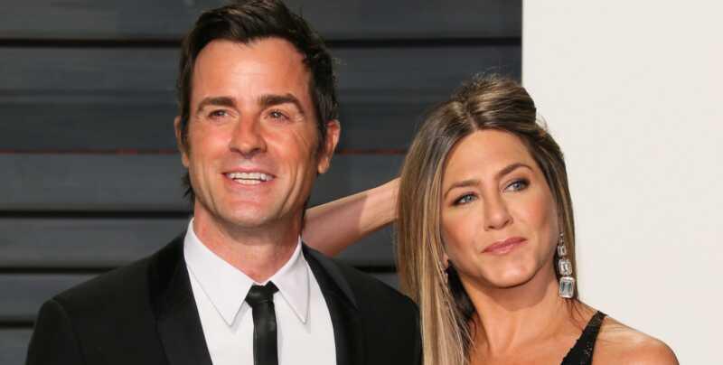 Jennifer Aniston & Justin theroux yra suskaidytos