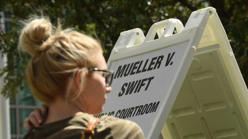 Varför det är viktigt att Taylor Swift visade upp till hennes groping rättegång