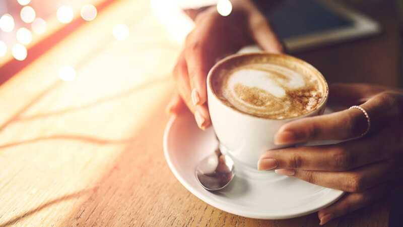 Kan kaffe virkelig få deg til å leve lenger? det er komplisert
