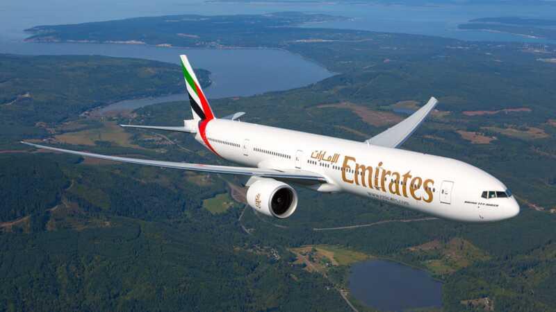 Mulher expulso vôo por causa da dor do período - a companhia aérea responde