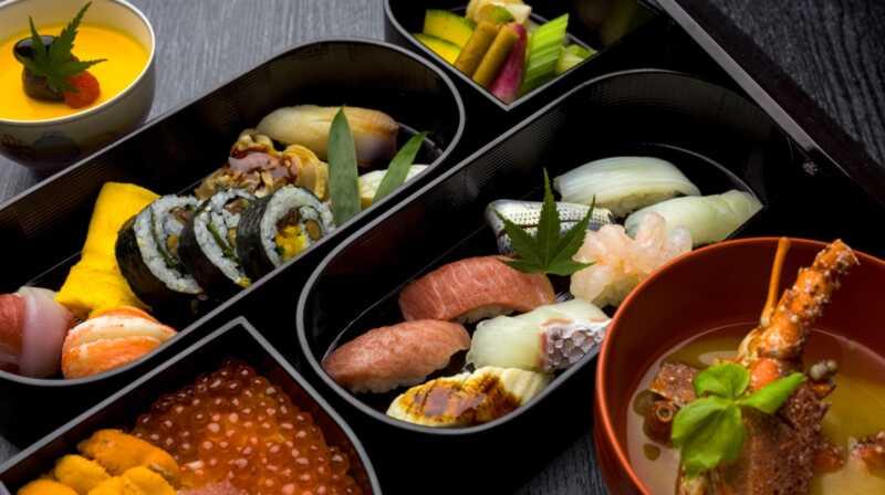 15 mga sangkap na kailangan mo sa iyong paminggalan sa master japanese cooking