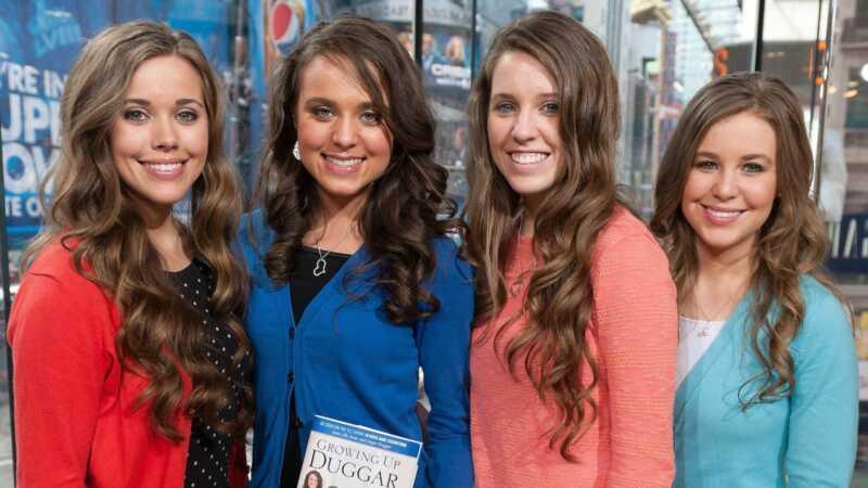 Jills Dillards godina savu mirušās māsas dzimšanas dienu ar pretrunīgiem fotogrāfijām