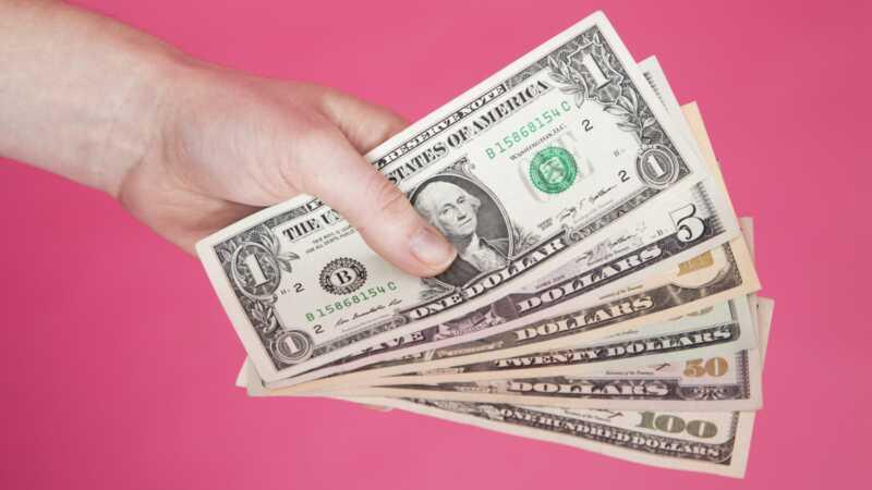 Štai kiek pinigų jums reikia būti laimingam