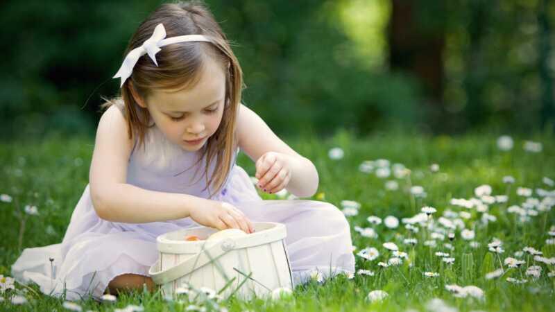 Deite o açúcar com alternativas de cesta de Páscoa sem doces