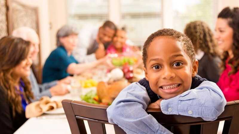 Преживели благодарност с нефункциониращо семейство