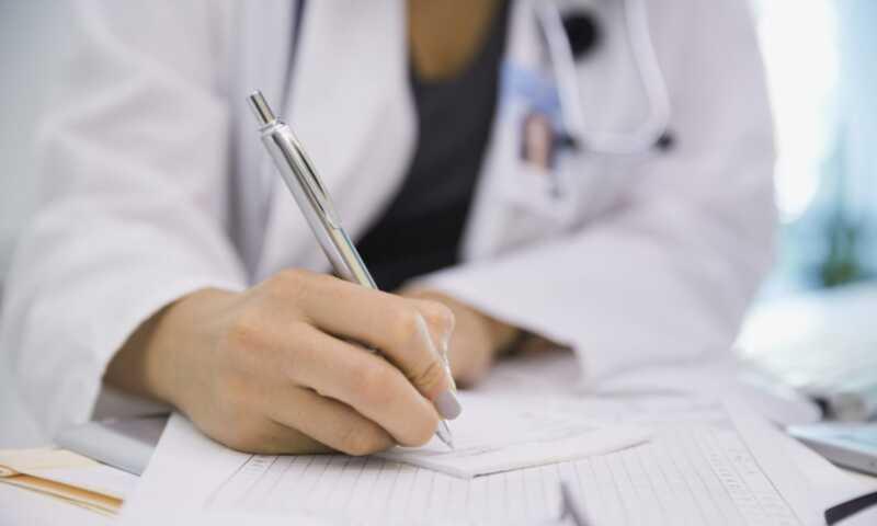 Bakom Storbritanniens nya & förbättrade endometrios riktlinjer