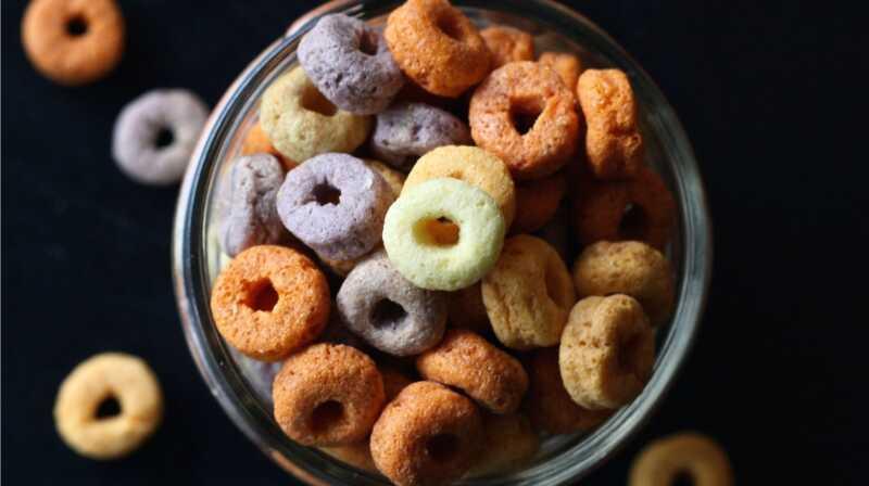 5 raons, hauríeu de fer un cop dull a les etiquetes nutricionals dels aperitius infantils