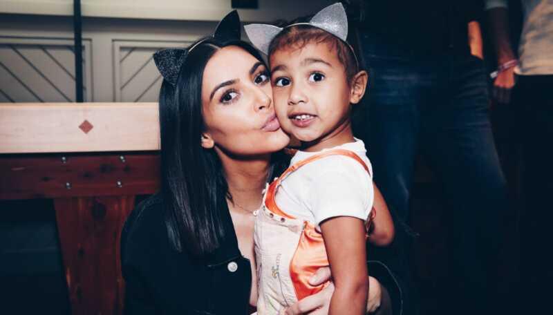 Com Kim Kardashian a loest Sabandona al nord per anar a lescola
