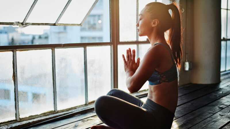 Makakatulong ba ang yoga sa mga isyu sa pagkamayabong?