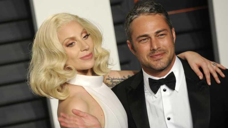 Lady Gaga säger att hon älskade Taylor Kinney mer än han älskade henne, bryter våra hjärtan