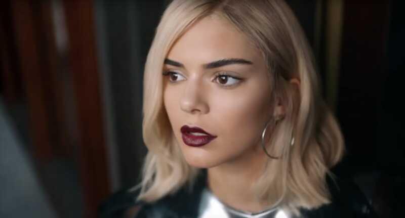 Kendall Jenner izsauc vainas par pepsi reklāmu, bet tas nedarbojas tāpat