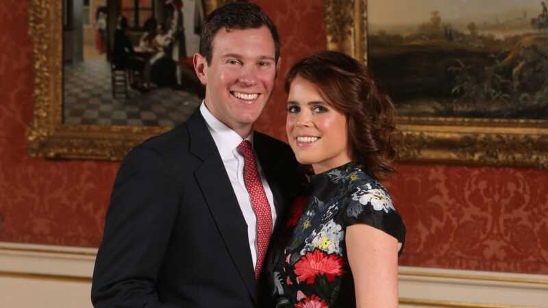 Karališkoji šeima paprašė princesę Eugenie atidėti savo vestuves