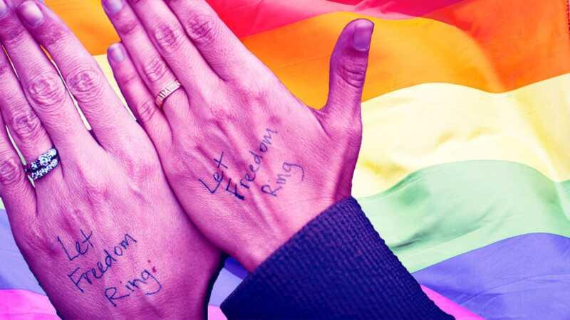 5 meilės istorijos, skirtos santuokos lygybės valdymo metinėms paminėti