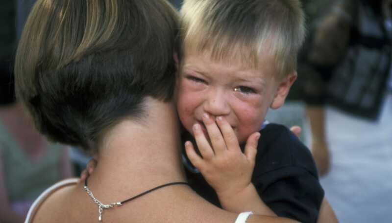 Deca koja se šepaju mogu dovesti do nasilnog odnosa u vezi sa djetetom