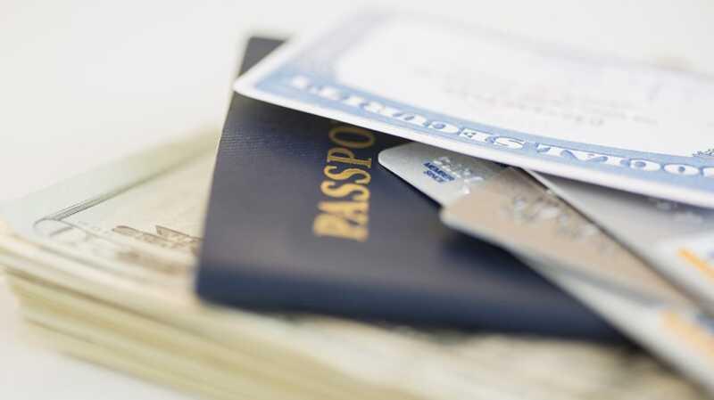 Ang mga transgender americans ay totoong ina-update ang kanilang mga pasaporte - narito kung bakit
