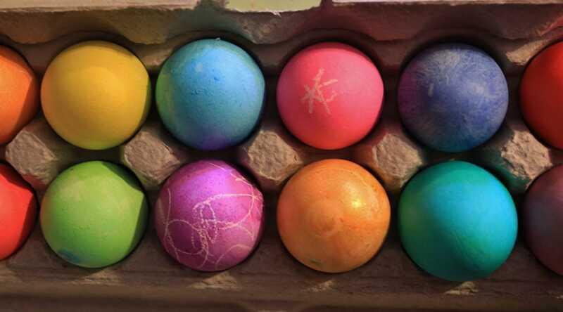 Jūsų viskas, kaip dažyti Velykų kiaušinius, yra senosios mokyklos kietas kelias