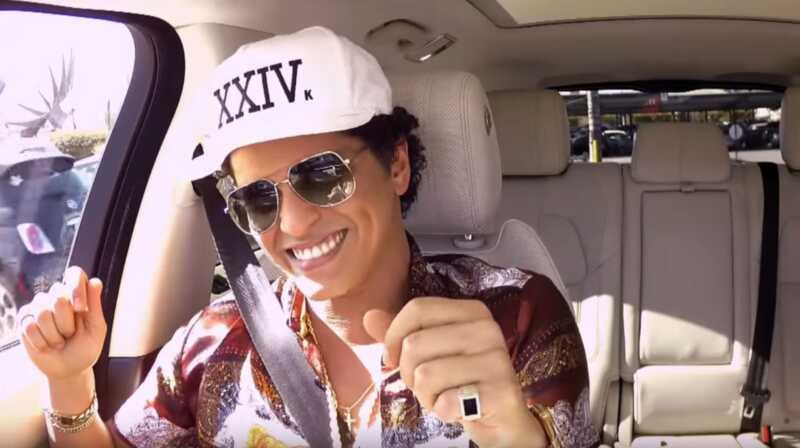 Bruno mars i James cordens carpool karaoke čine Twitter strašan out