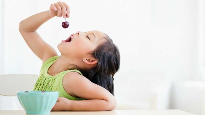 7 helt latterlig ganger barnet ditt vil be om en matbit