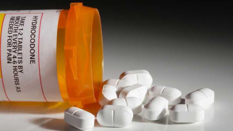 Apsinuodijimai opioidais: kokie tėvai turi žinoti