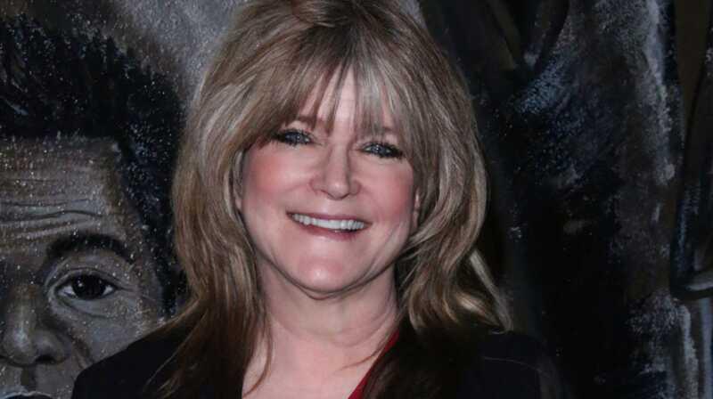 Susan Olsen gina save po to, kai naudoja homofobinius šmeižtus