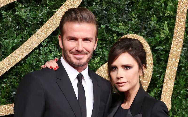 5 fakti Victoria & David Beckhami 20-aastase romaani kohta