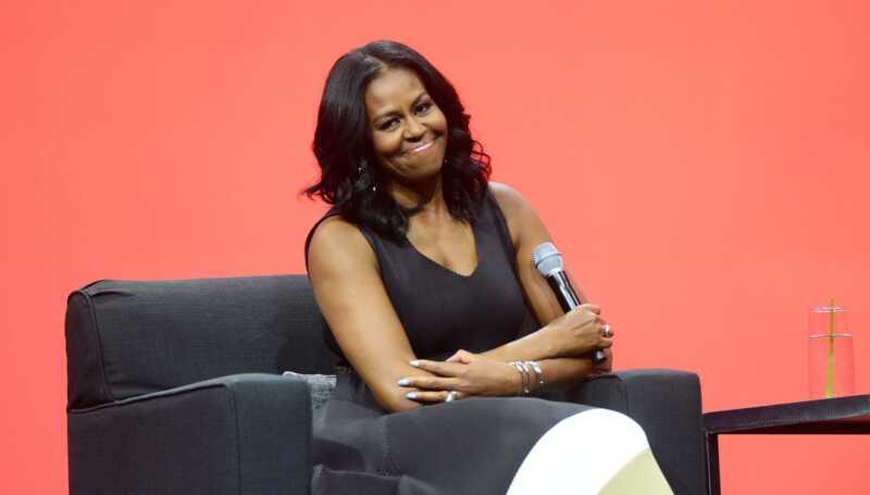 Si Michelle Obama ay gumawa ng isang espesyal na hitsura sa 2018 Bet mga parangal