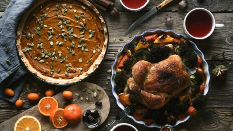 Ako variť veľké jedlo pomocou jednej rúry - bez toho, aby zničili večeru