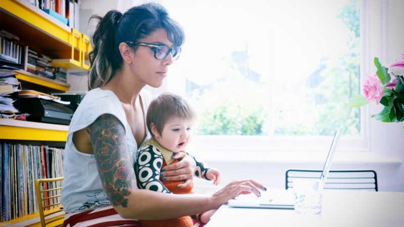 6 veština koje svaka nova mama treba da tvrdi na svom rezimeu