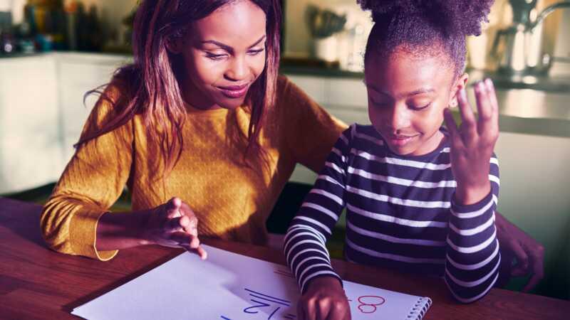 Ono što mi je samo jedna mama mesec dana naučilo me je o roditeljstvu
